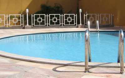 Important Pool Cleaning Tools to Keep Around